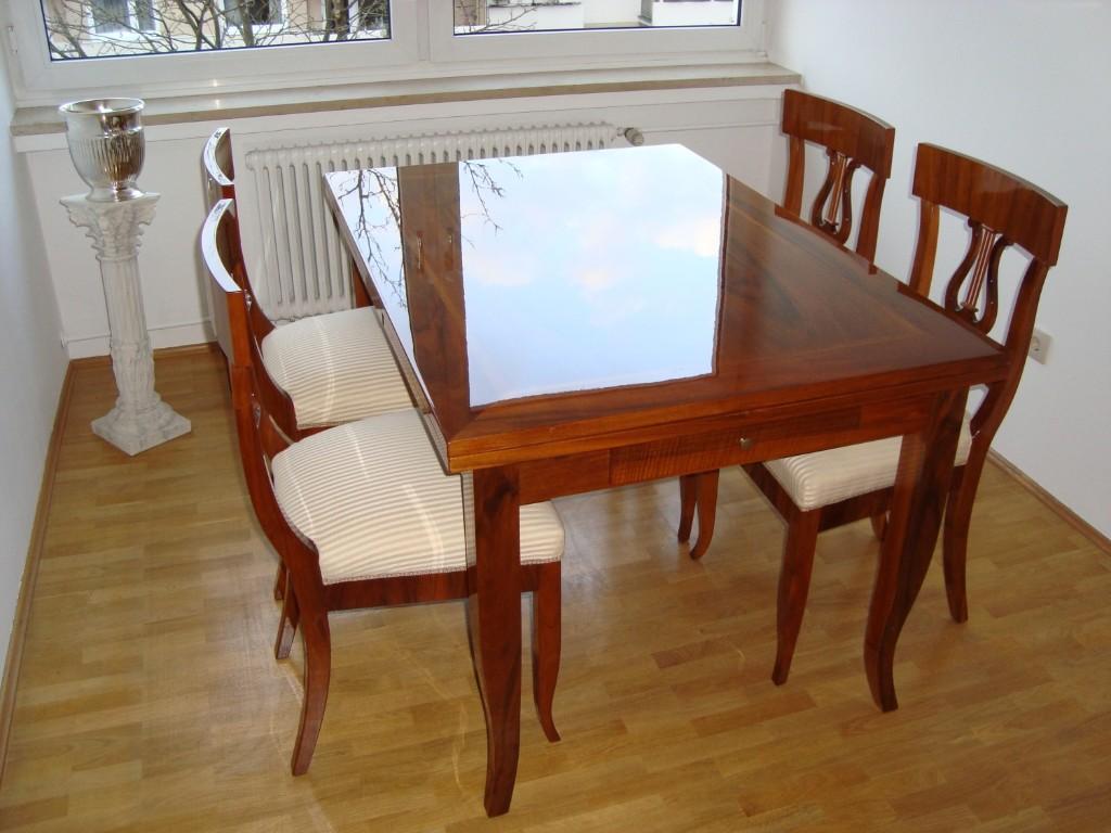 4 Biedermeier Lyra Stühle Mit Hochwertigen Biedermeier Streifen In  Beige Gold Bezogen